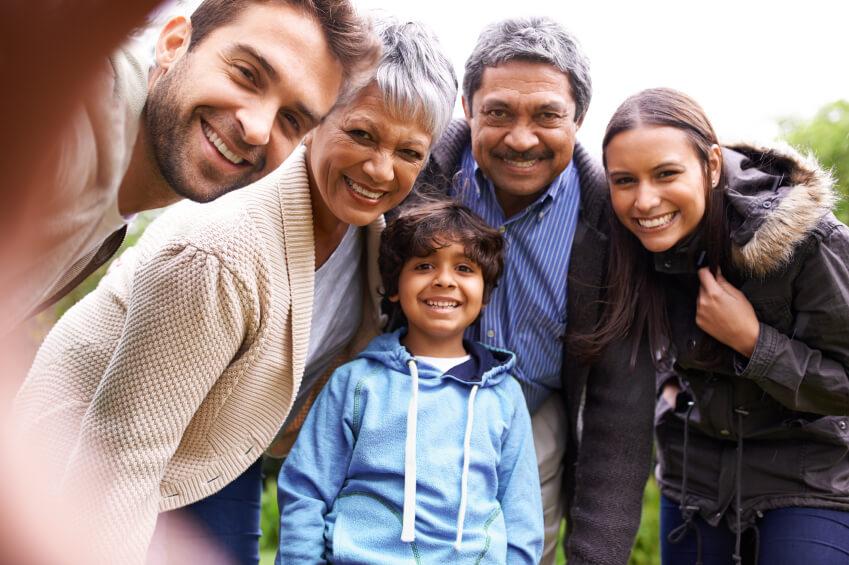 el cuidado de las familias   centro arrupe